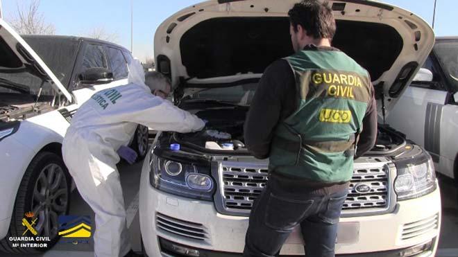 Recuperados en 17 países 324 coches robados en España y detenidas 24 personas en la Operación Ganímedes.