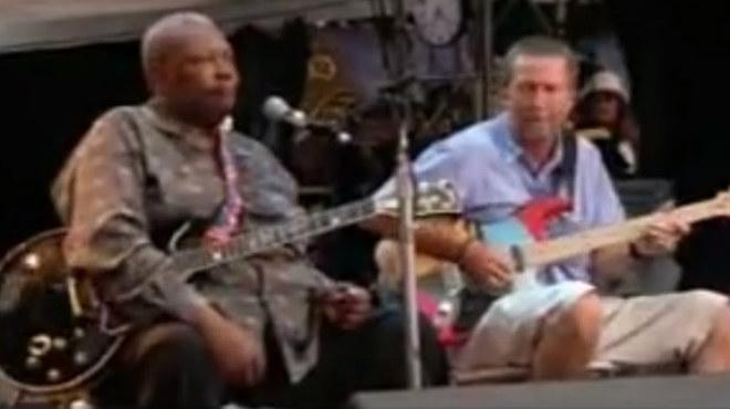 B.B. King interpreta con Eric Clapton su éxito de 1964 'Rock me baby'.