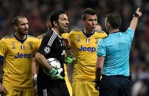 La expulsión de Buffon en el Bernabéu.