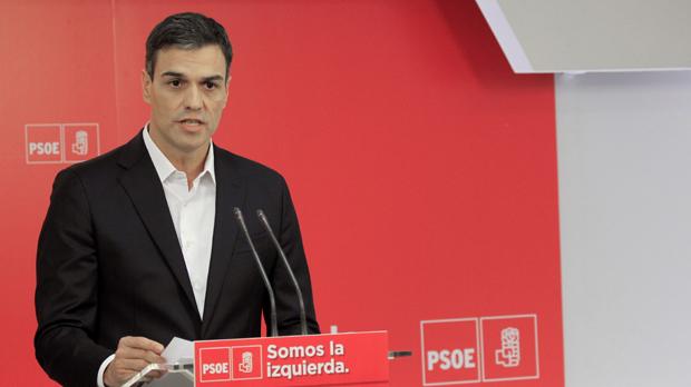 Sánchez a Rajoy: Presente su dimisión oficial ante el rey esta misma mañana