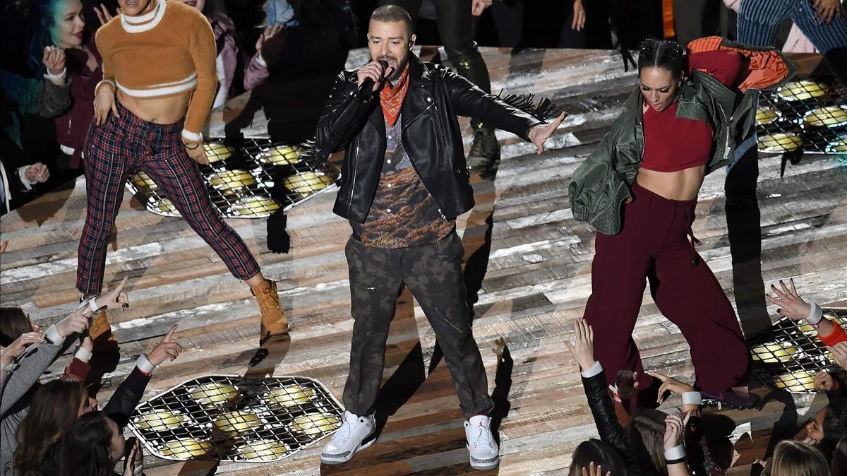 ecd2eba128f12 Las zapatillas de deporte de Justin Timberlake se agotan en 5 minutos