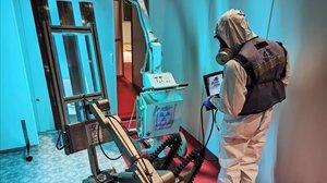 Científics espanyols proposen utilitzar llum ultraviolada per desinfectar grans espais