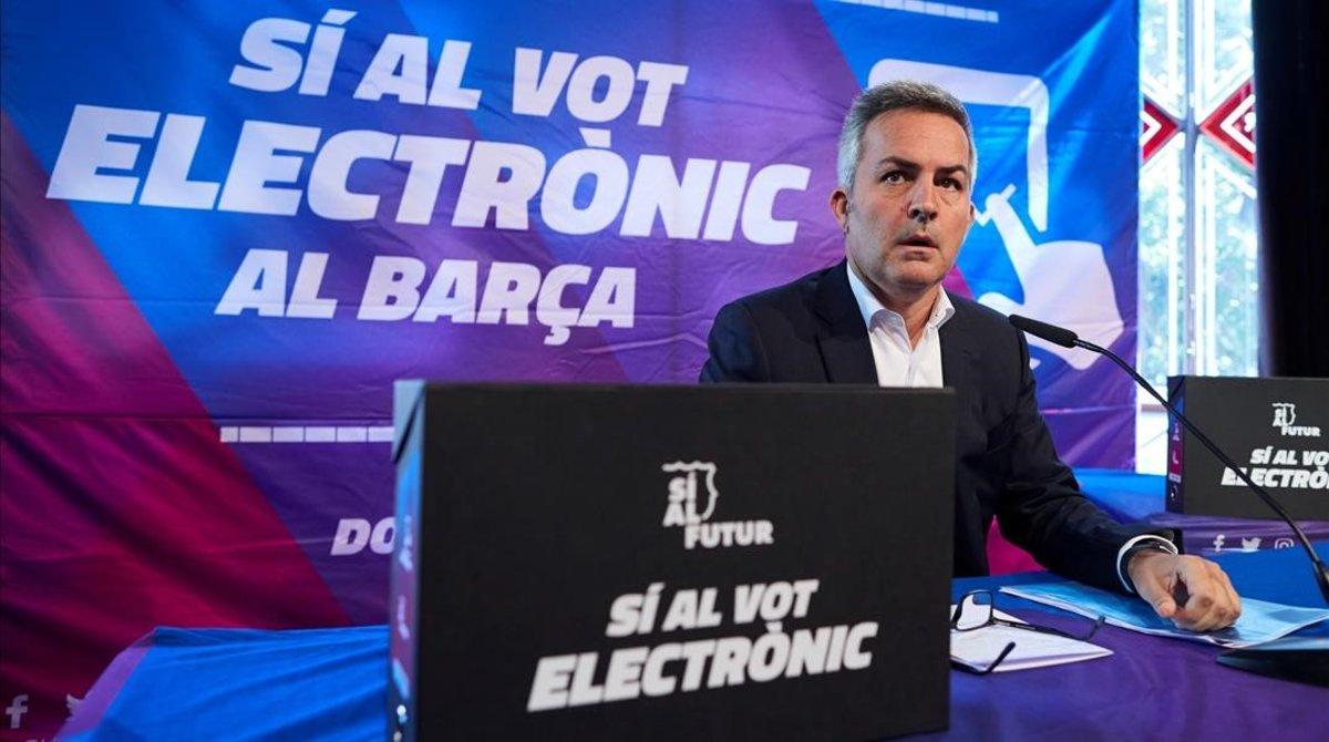 Víctor Font, en la presentación de la campaña para introducir el voto electrónico en el Barça.