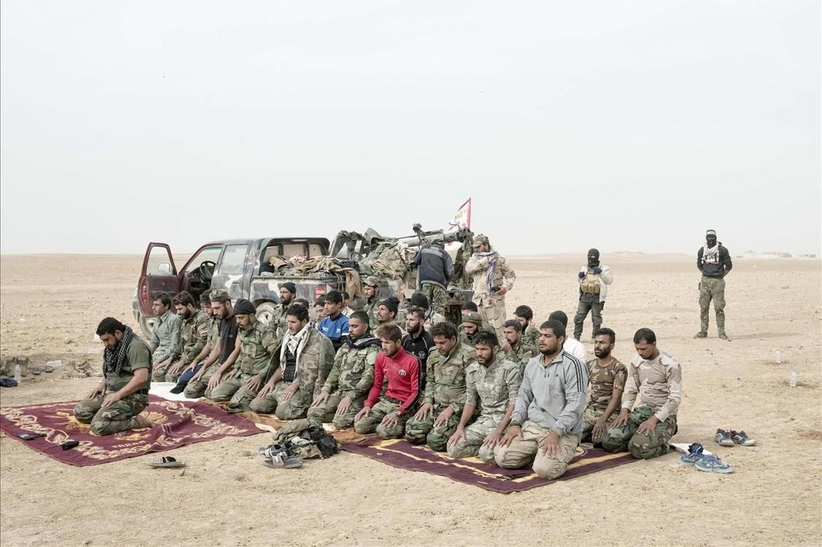 En La caída del califato, Lorenzo Meloni muestra en la UB las imágenes tomadas durante las batallas de Kobane, Palmira, Sirte y Mosul.