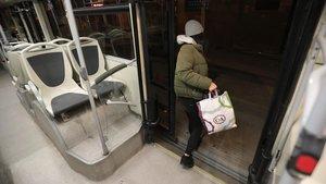 L'AMB estudia ampliar el servei de parada a demanda en el Nitbus