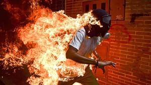 El veneçolà Ronaldo Schemidt guanya el World Press Photo