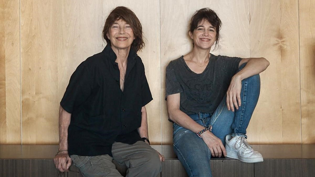 Jane Birkin y Charlotte Gainsbourg, en Barcelona, este viernes.