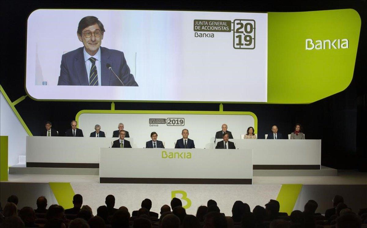 Bankia gana el 22,4% menos
