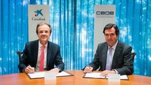 Jordi Gual, presidente de CaixaBank (izquierda) y Antonio Gramendi, presidente de la CEOE.