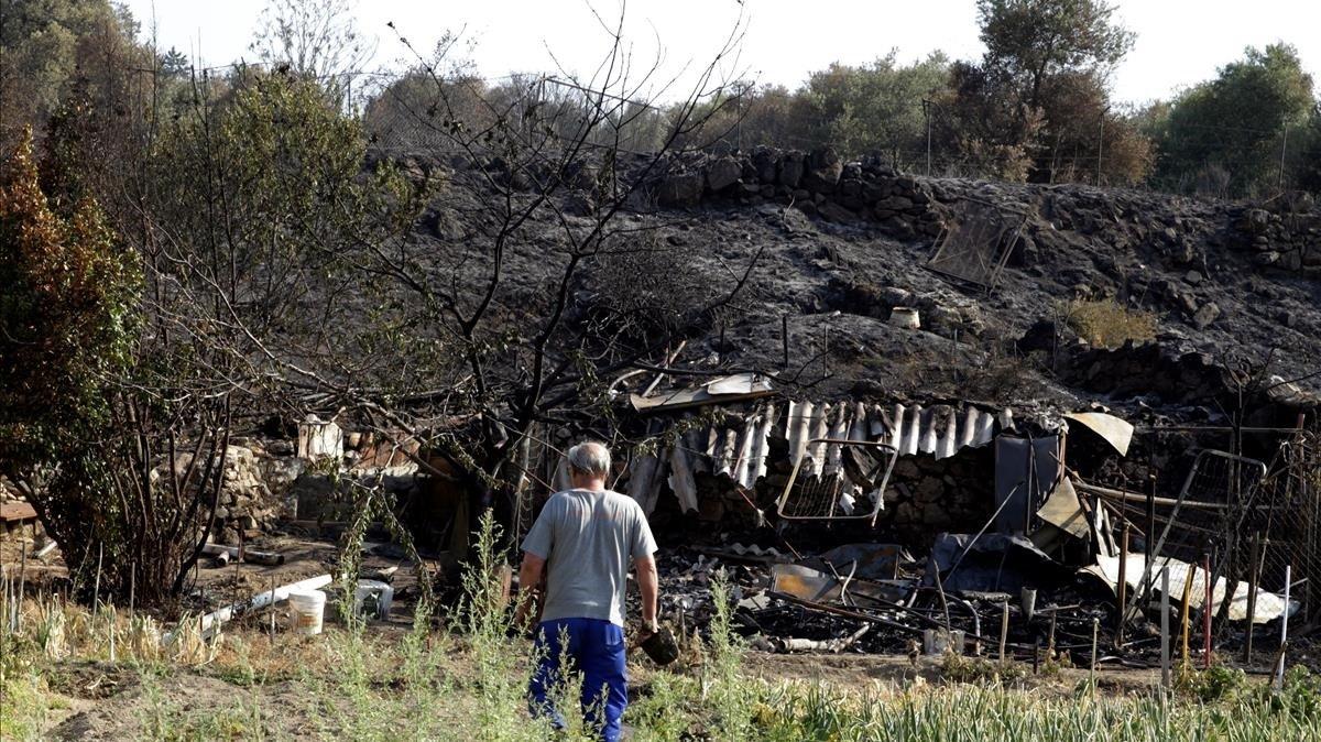 Controlat l'incendi de Cadalso de los Vidrios i Cenicientos després de quatre dies