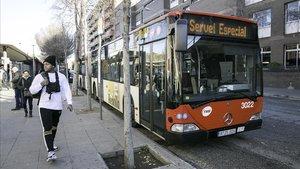Servicio de bus alternativo que atraviesa la Meridiana entre Sant Andreu Arenal y Arc de Triomf.