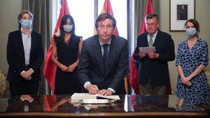 Madrid firma els 'Acords de la Vila' per a la reconstrucció de la capital