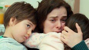 Bahar, Doruk y Nisán (serie 'Mujer', A-3).