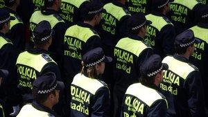 Detingut un home per agredir i retenir una dona en un pis de Madrid