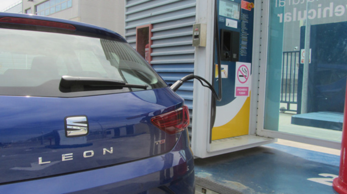 El cotxe busca la mobilitat més sostenible