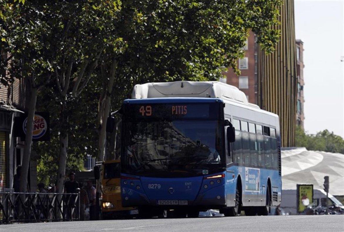 Un autobús en la ciudad de Madrid.