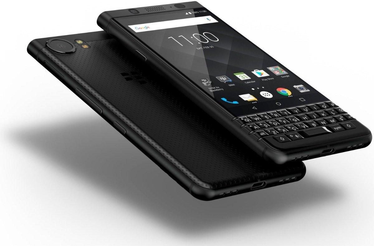 BlackBerry Key2, versión con teclado físico.