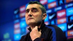 Ernesto Valverde,durante una rueda de prensa en la ciudad deportiva del Barça.