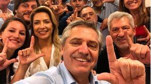 El selfie del virtual ganador y presidente de Argentina.