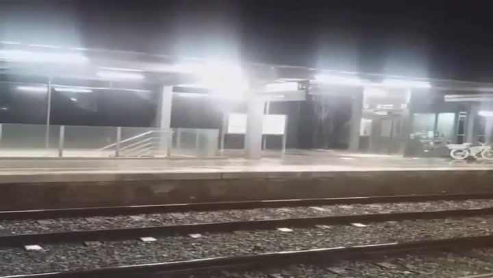 Olas temporal Gloria destrozan la estación de Renfe en
