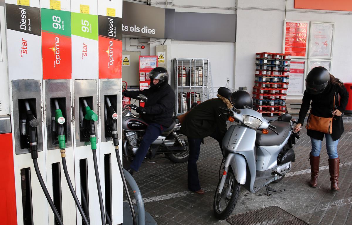 Este nivel en los precios de los combustibles ha estado marcado por laespiral alcista en que se encuentra el precio del crudo.