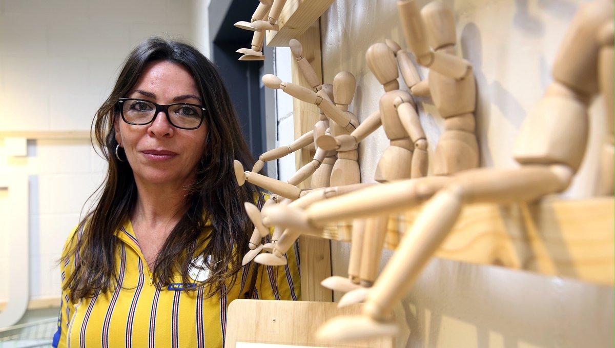 La directora adjunta de la tienda de Ikea en Badalona, Francisca Jiménez.