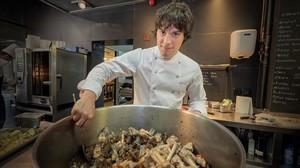 Jordi Cruz, en la cocina del restaurante Àbac.