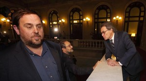 Oriol Junqueras, Artur Mas i Antonio Baños després del ple del Parlament del passat dia 10.
