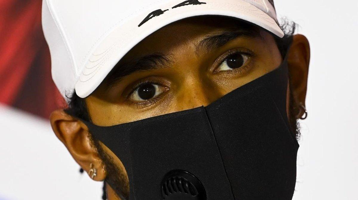 Lewis Hamilton (Mercedes) seguirá, tres años más, en el equipo campeón de F-1.