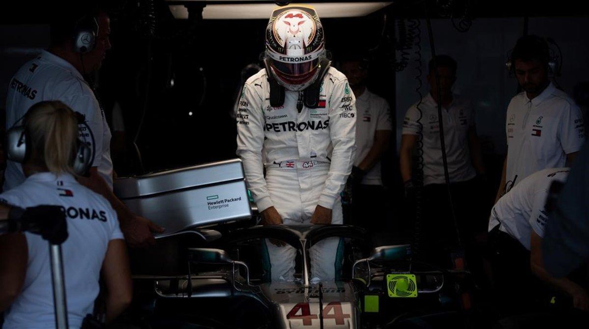'Checo' Pérez termina séptimo en el GP de Japón; Hamilton arrasa