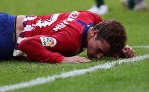 Antoine Griezmann se lamenta durante el partido ante el Eibar.