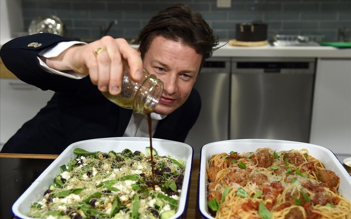 Restaurantes del famoso chef británico Jamie Oliver van a la quiebra
