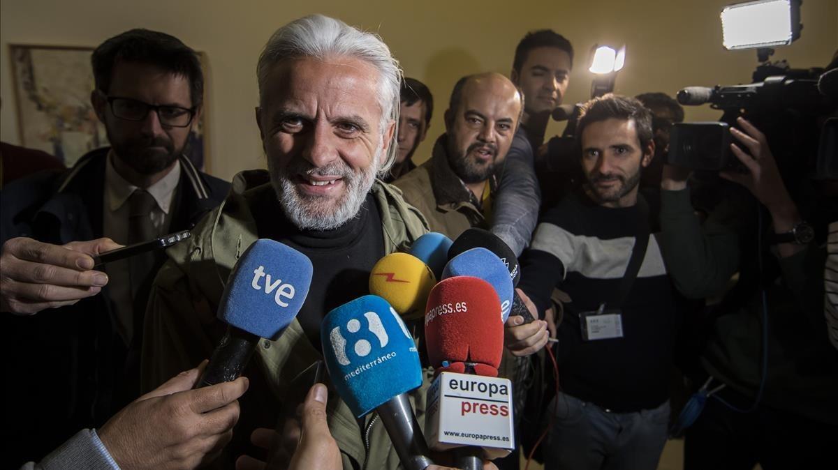 Marcos Benavent, el yonki del dinero, este lunes en las Corts valencianas.