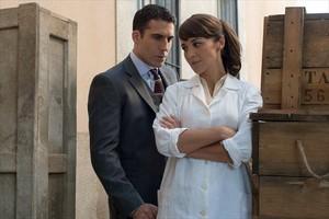 Miguel Ángel Silvestre y Paula Echevarría, protagonistas de 'Velvet'.