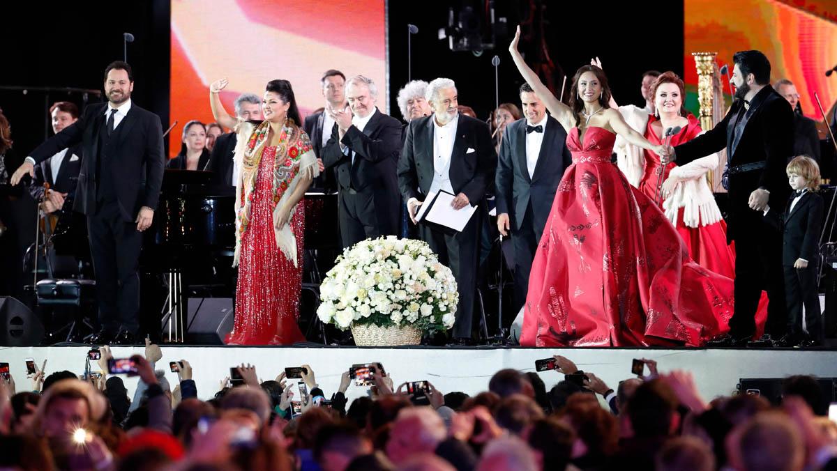 La música clásica toma la plaza roja de Moscú en una gala previa a la inauguración del Mundial de fútbol.