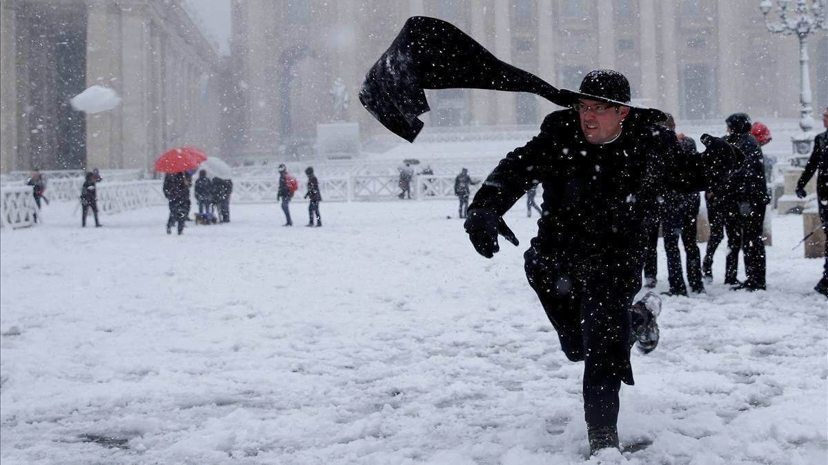 Nieve en el Vaticano.