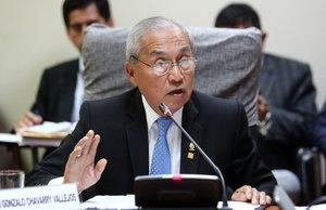 El fiscal general de Perú se queda sin apoyo tras cesar a los fiscales del caso Odebrecht.