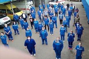Personal sanitario del hospital de Armavir protesta para reclamar a Putin que pague las pagas prometidas.