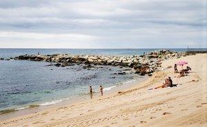 La playa de la Marina de Badalona.