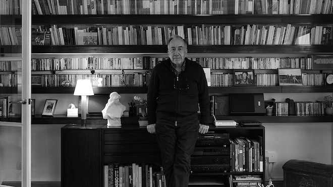 El poeta Joan Margarit recita 'De Senectute'.