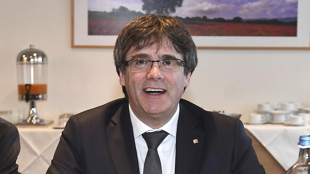 Puigdemont exige cambiar la ley de la presidencia para forzar su 'investidura'