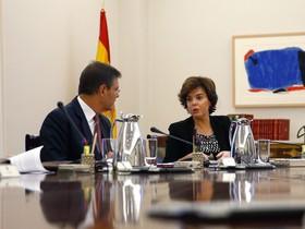 Rafael Catalá y Soraya Sáenz de Santamaría, en la Moncloa.