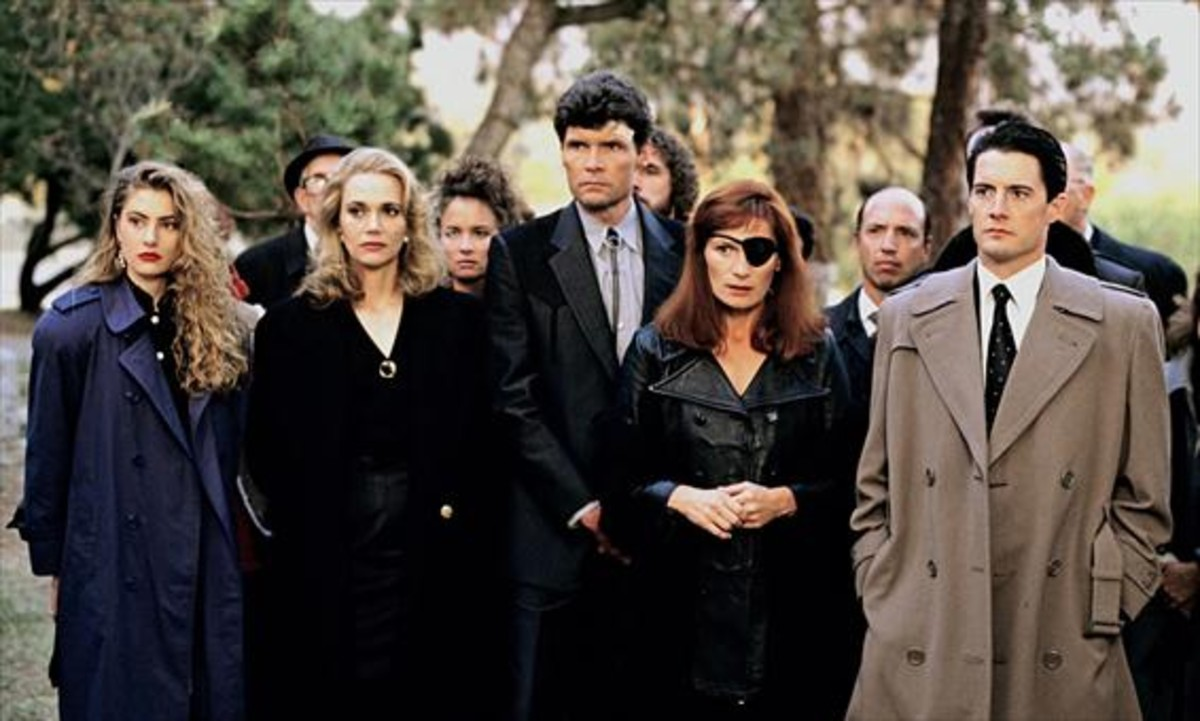 1991. Series Reparto-actores-serie-original-estrenada-ano-1990-1495213943669