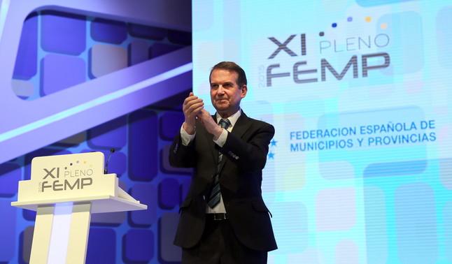 El presidente de la Federación Española de Municipios y Provincias (FEMP), Abel Caballero, en una imagen de archivo.