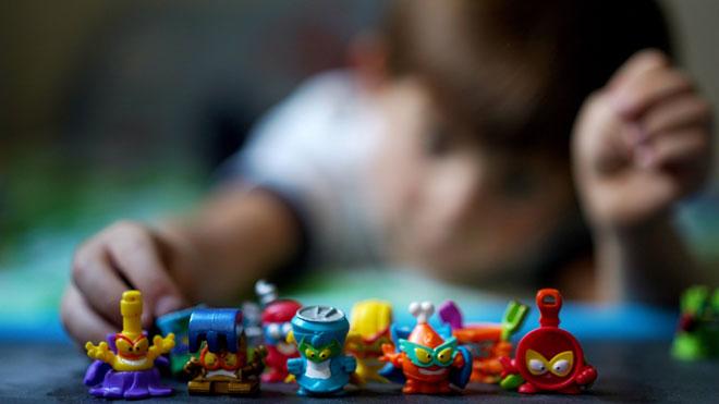 Superzings juguetes coleccionables para niños