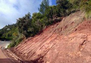 Tramo de la carretera BV-2041 entre Gavà y Begues afectado por las lluvias de abril