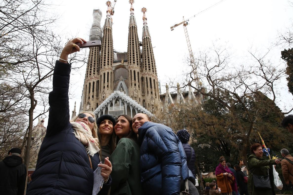 El gasto medio de los 8,3 millones de turistas entre enero y febrero del 2018 ha sido de 1.067 euros y la estancia de 7,5 días.