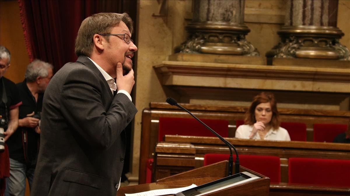 Xavier Domènech durante su intervención en el Parlament.