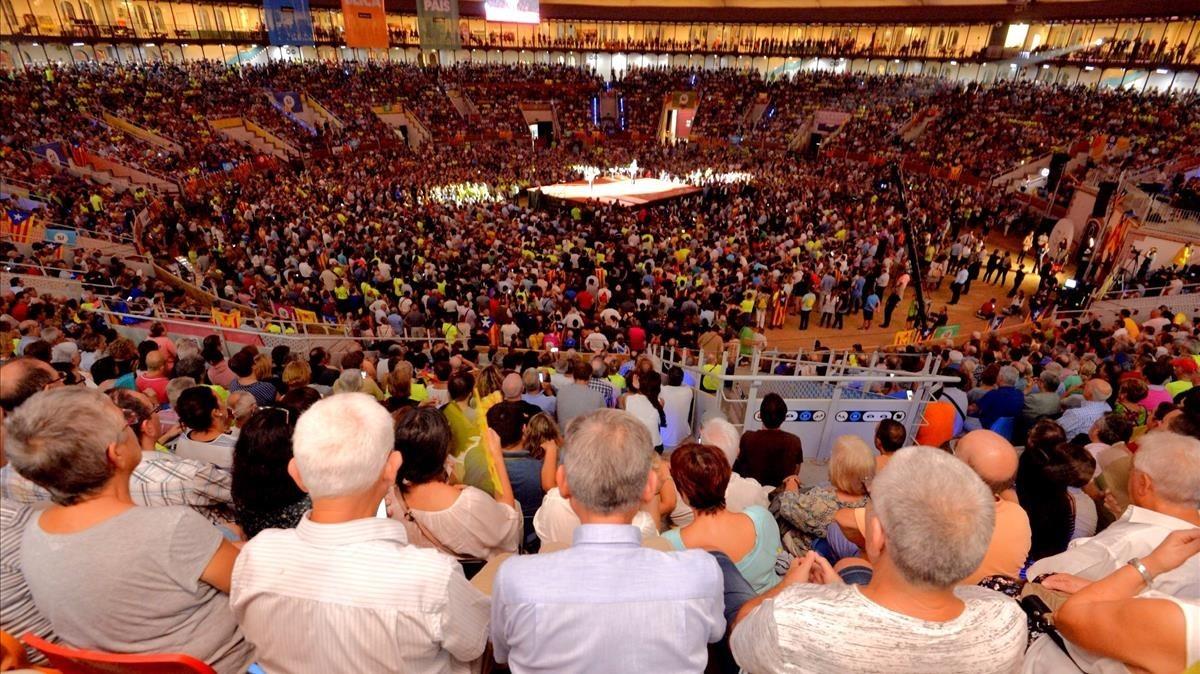El independentismo rezuma euforia al inicio de la campaña del referéndum
