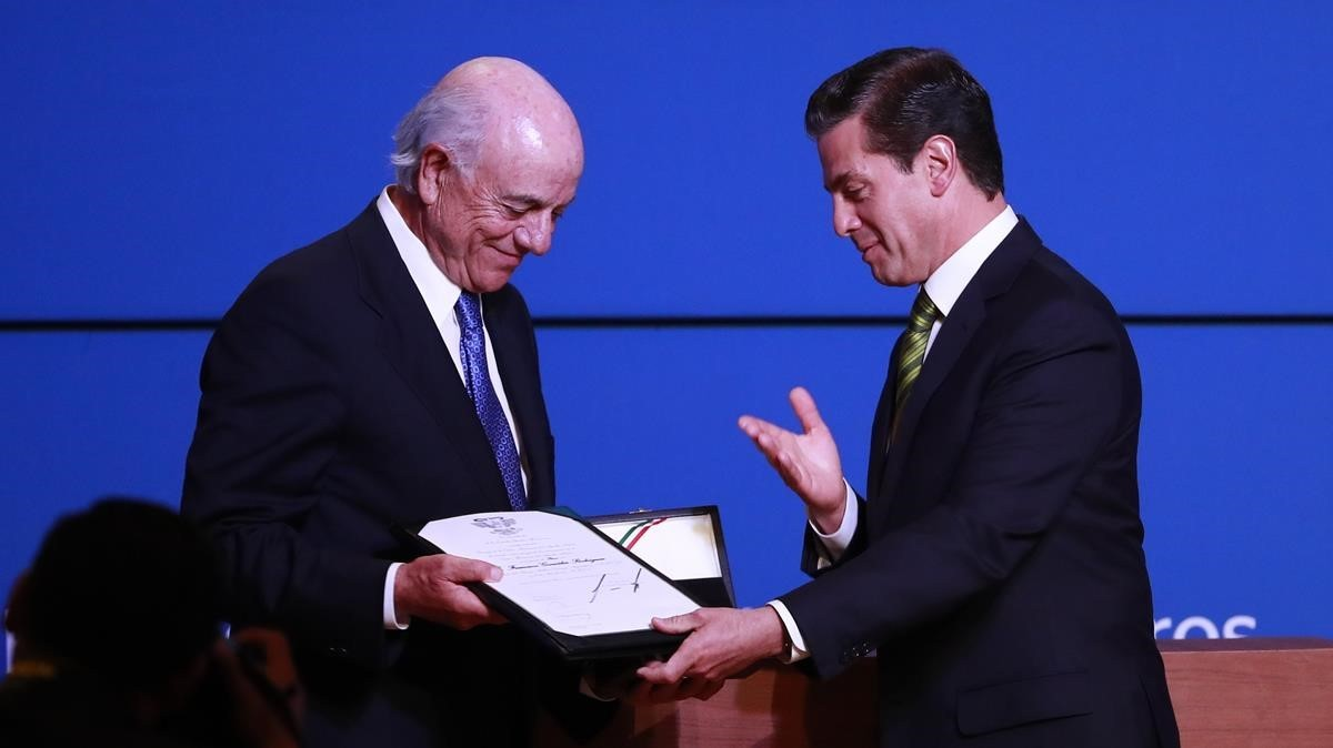 Mèxic condecora Francisco González
